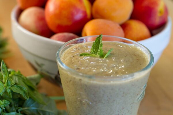 peach basil smoothie